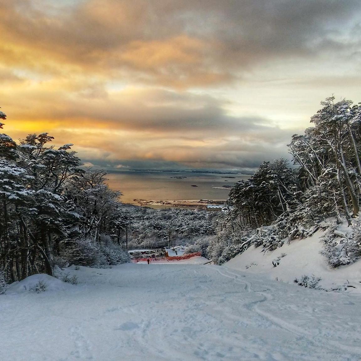 PRONÓSTICO: Más de 1,5 Metros Para Valle Nevado | Nevará Toda la Semana en CerroCastor