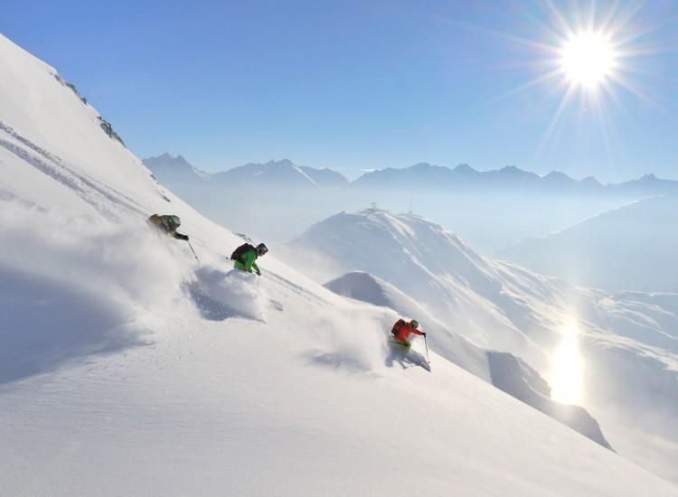st-anton-powder-skiing-750x550