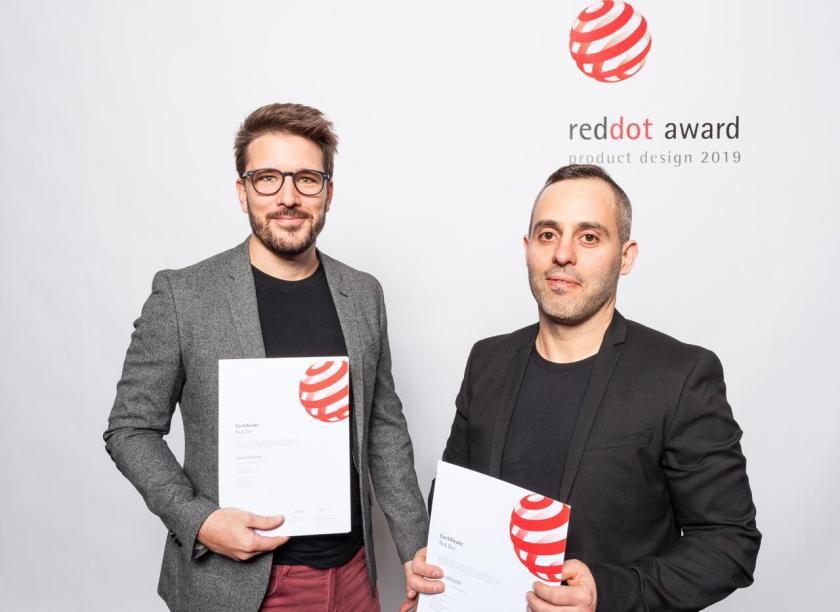 Red Dot Award.JPG